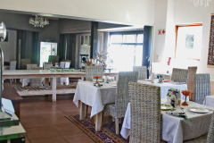 bakwena-day-spa-the-venue-country-hotel-and-spa-dining-area-side