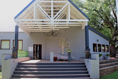 bakwena-day-spa-the-venue-country-hotel-and-spa-entrance-landscape